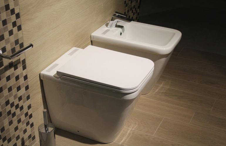 wc et pot