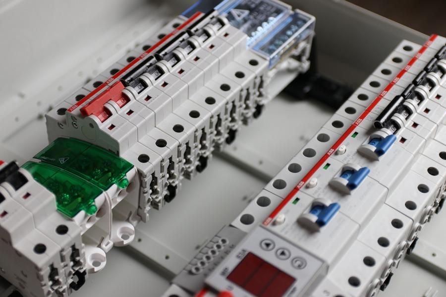 disjoncteurs électriques