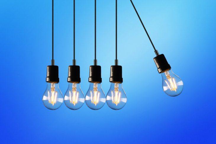ampoules alignées