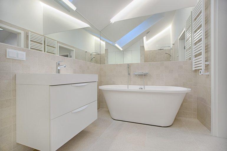 salle de bain claire