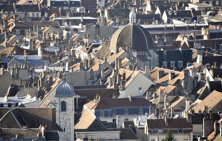 roofs-609772_1280