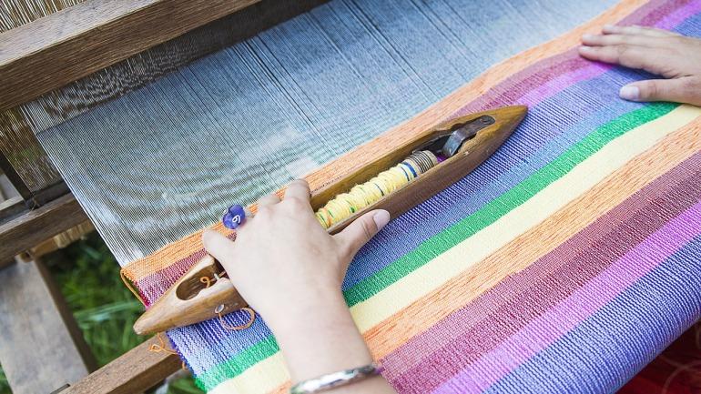 weaving-loom-2571179_1280