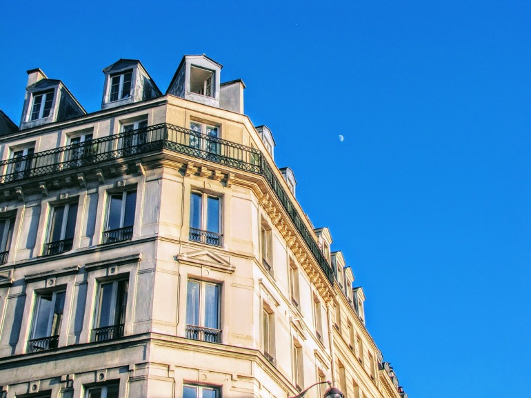 paris-2629395_1280