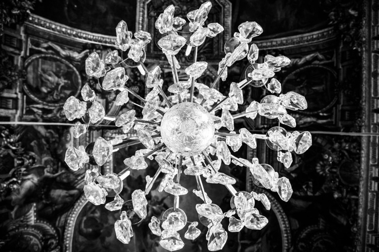 chandelier-203510_1280
