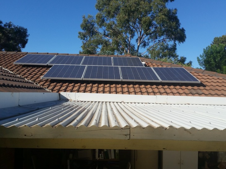 solar-panels-2685357_1280