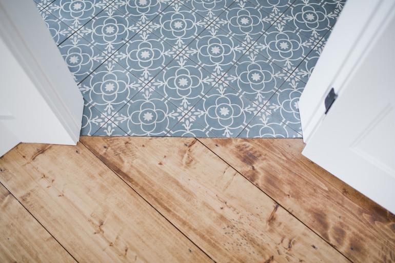 flooring-3705528_1280