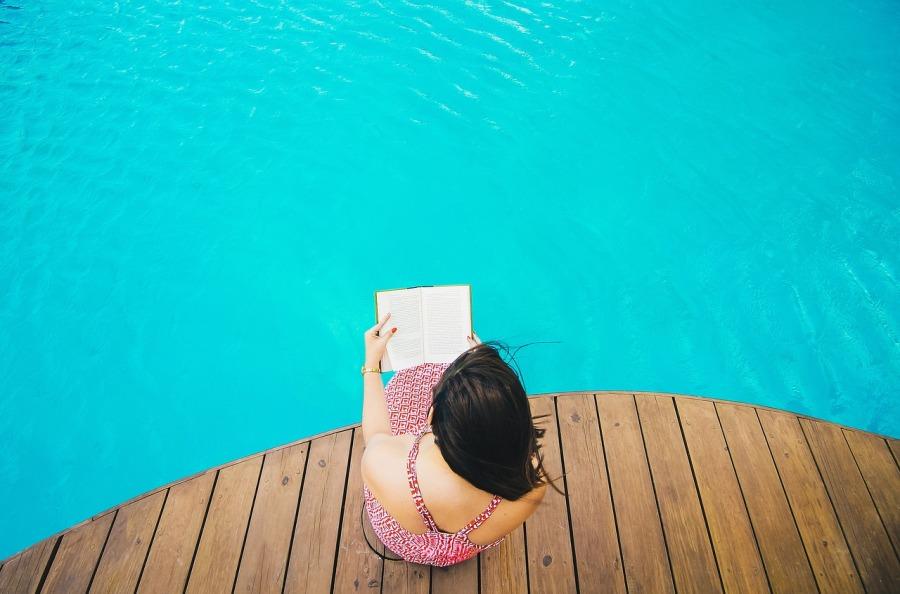 Montage d'une piscine bois hexagonale : nosconseils